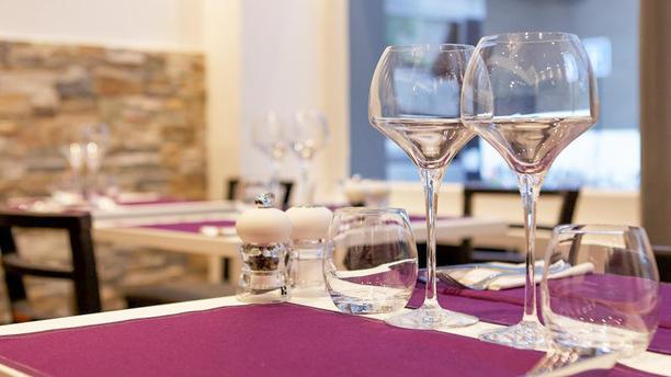 restaurant je l 39 m levallois perret 92300 ternes porte maillot avis menu et prix. Black Bedroom Furniture Sets. Home Design Ideas