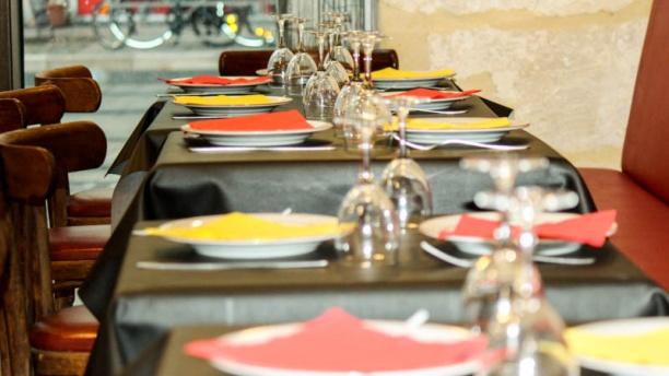 El Pincho Loco Tables dressées