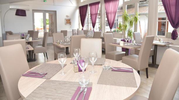 Le Cèdre Salle du restaurant