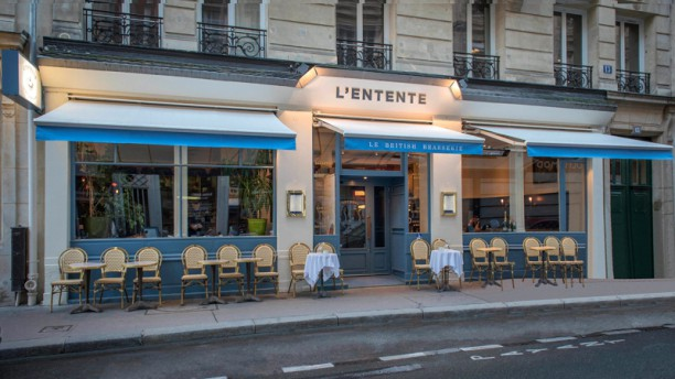 L'Entente Le British Brasserie Devanture