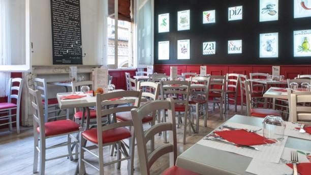 Pizza Cozze e Babà Sala