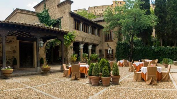 El Cardenal - Hotel del Cardenal Vista exterior