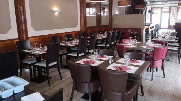 Le Saint Simon Salle du restaurant