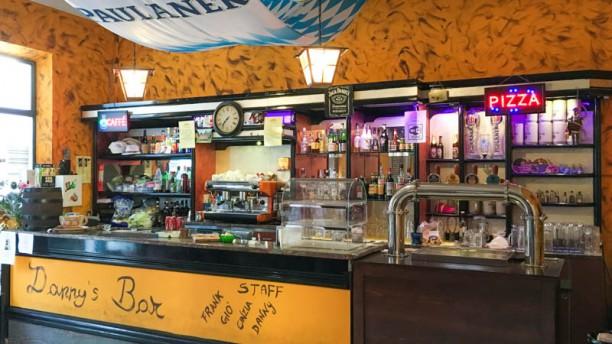 Danny 39 s bar pizzeria in robecchetto con induno menu for T s dining and lounge virden menu
