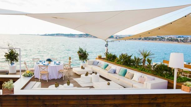 La Daurada Beach Club Terraza