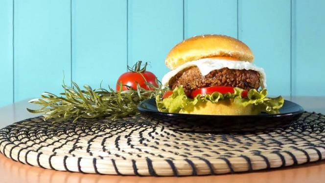 PIMBA - Hambúrguer de Alheira - Groove Burger Makers, Leça da Palmeira