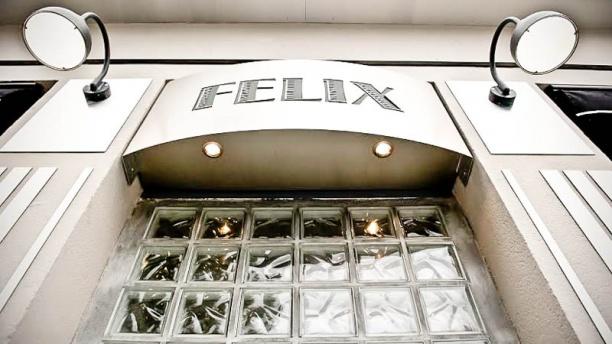 Félix Vue devanture