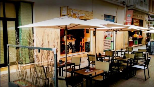 Tasca Queso Y Jamón In Santa Cruz De Tenerife Restaurant