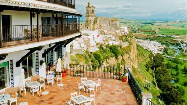 Tamizia - Parador de Arcos Terraza con vistas
