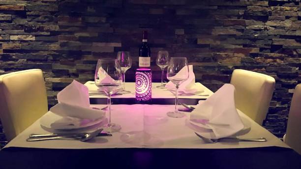 Bollywood Indiaas Restaurant Tafel