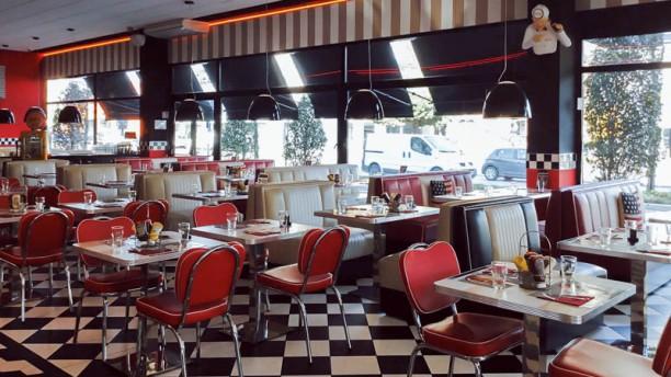 All American Diner Sesto San Giovanni Vista sala