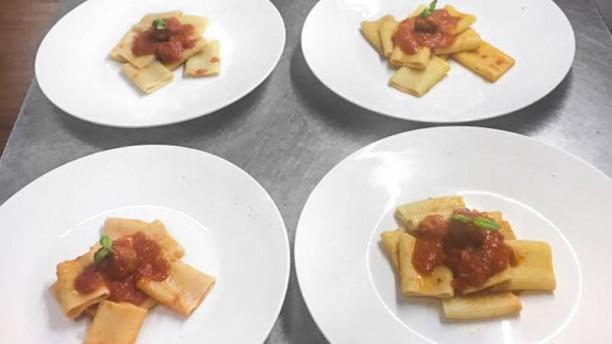 Al Borghetto Davoli Paccheri al sugo di carne salata
