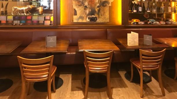 Café de la Gare Vue de la salle