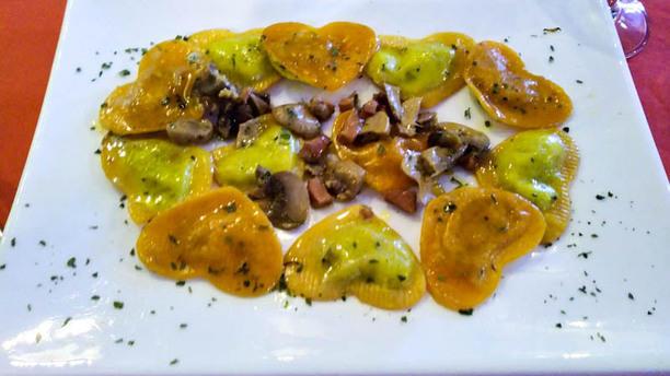Piper Music E Food Ravioli ricotta e spinaci con panna e funghi porcini