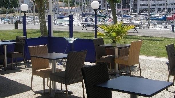 Zoom sur la terrasse - La Goule Benaise, Rochefort
