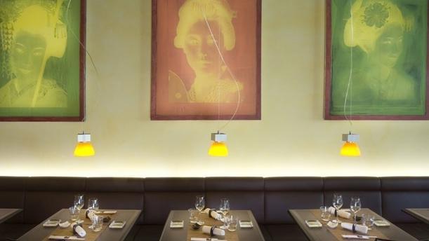Miyako Lausanne Tables dressées