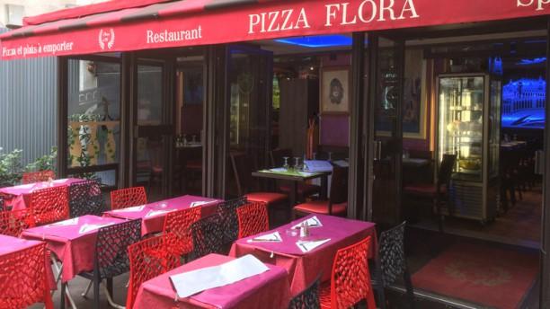 Pizza Flora Devanture