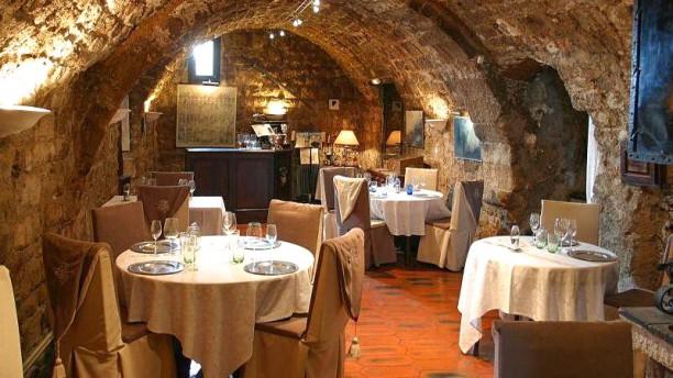 Hôtel Restaurant Le Logis du Guetteur Vue de la salle
