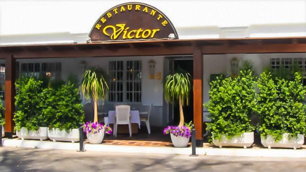 Víctor Vista entrada