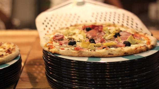 Pizza des Arcades pizza