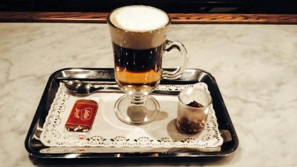 Bistro & Fondue Té