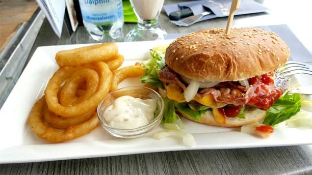 Brasserie Bar Het Zandhuis Het restaurant