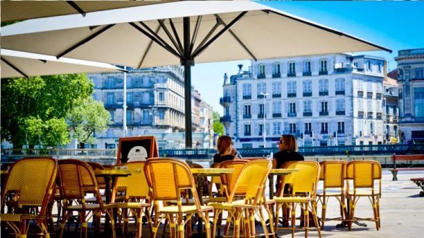 Café du Théâtre Terrasse