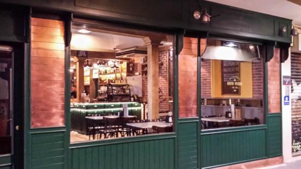 El Gato Verde - Bier & Coffee Experience Vista entrada