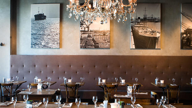 Humphrey's Rotterdam (Otto Reuchlinweg) Restaurantzaal