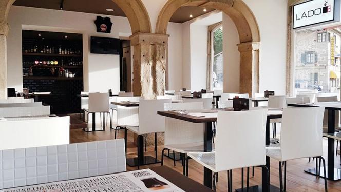 Sala do restaurante - Lado B - Braga, Braga