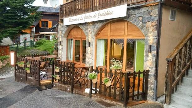 Le jardin de jos phine in saint martin de belleville for Antibes restaurant le jardin