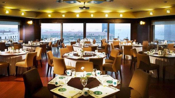 View Point Dinning room