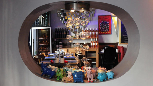 le cochon bleu in avignon restaurant reviews menu and prices