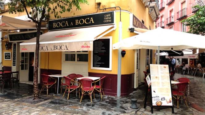 exterior - Boca a Boca, Sevilla