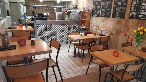 La Taqueria de Masa La petite salle du RdC et le bar