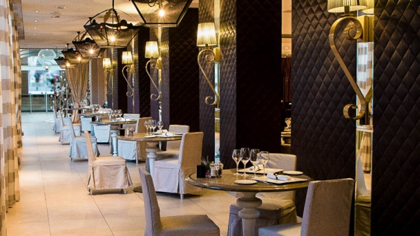 La Table du Roi - Grand Hôtel Roi René Vue de la salle