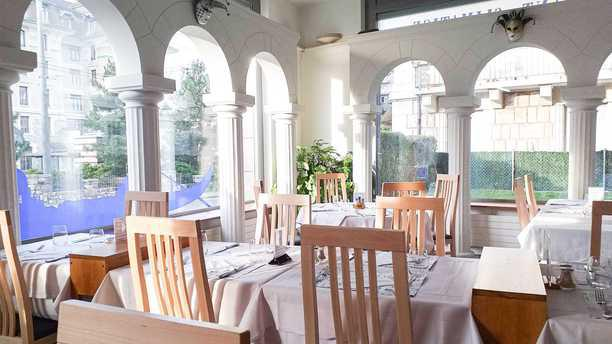 Piazza San Marco Lausanne Salle du restaurant