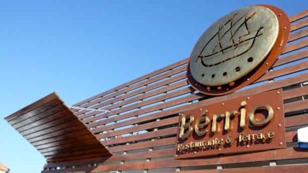 Bérrio Restaurante & Terrace porta