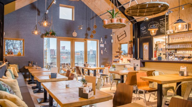 De Stadshoeve Park & Bistro Restaurant