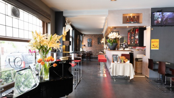 Vintage Brussels Apreçu de l'intérieur