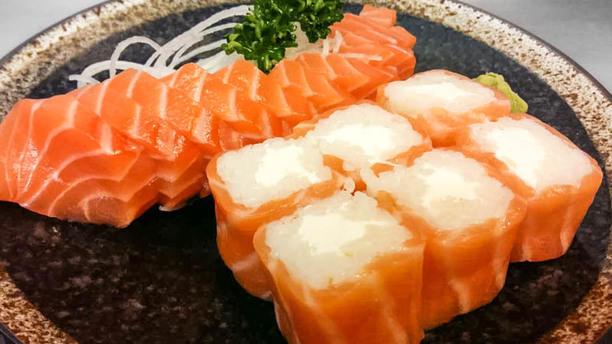 Umami Sashimi saumon & salmon roll
