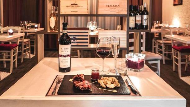 Butterfly Wine Bar & Food wine tasting