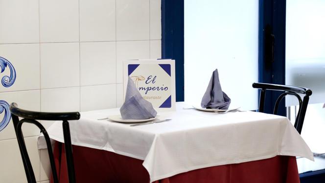 Detalle mesa - El Imperio, Madrid