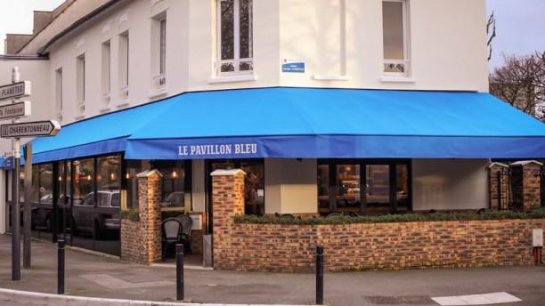 Le Pavillon Bleu Entrée
