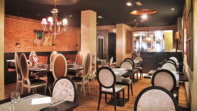 Milo Grill 3 - Milo Grill, Barcelona