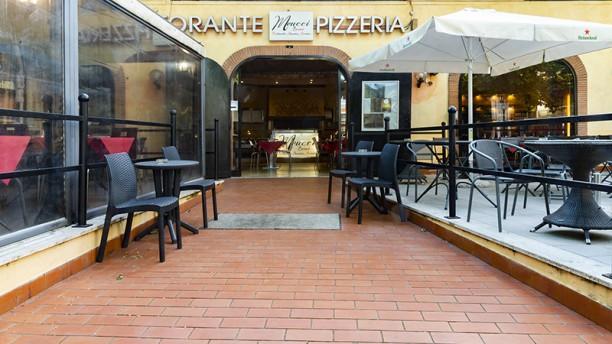 Meucci Eventi - Ristorante Braceria Pizzeria Entrata