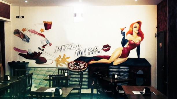 Miss Bar Pizza Kebab La sala