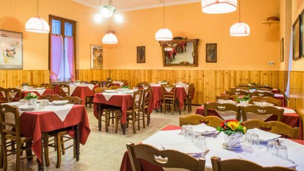 Unione Familiare Reaglie Sala del ristorante