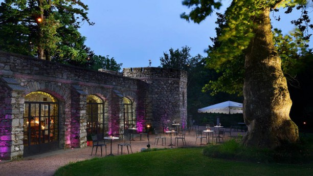Dan Garden Lounge Entrata