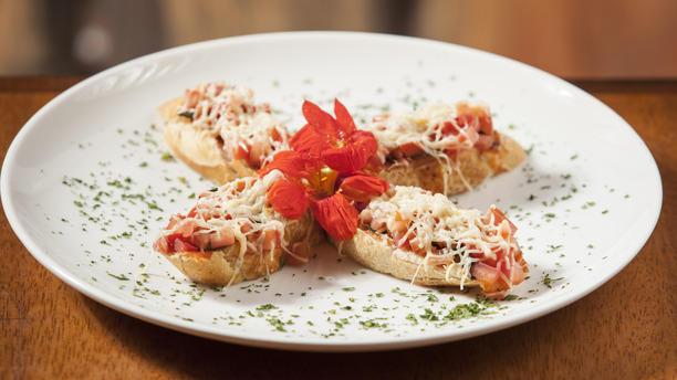 Anchieta Botequim rw Brusqueta de tomate e manjericão